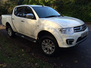 New Mitsubishi L200 review