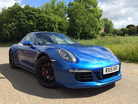 New Porsche 911 review
